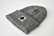 Slope Beanie in Mixed Black