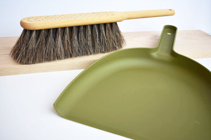 Swedish Dust Pan Set in Green