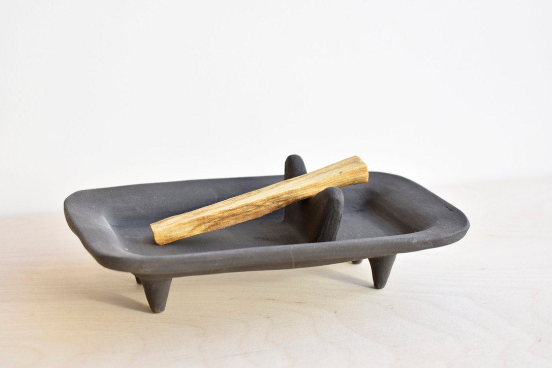 Black Porcelain Palo Santo Burner