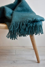 SAAGA UNI Mohair Blanket in Green