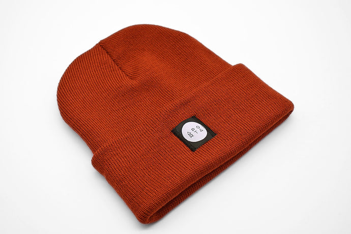 Slope Beanie in Rust