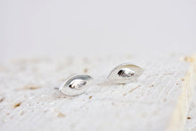 Mini eye stud earrings in silver