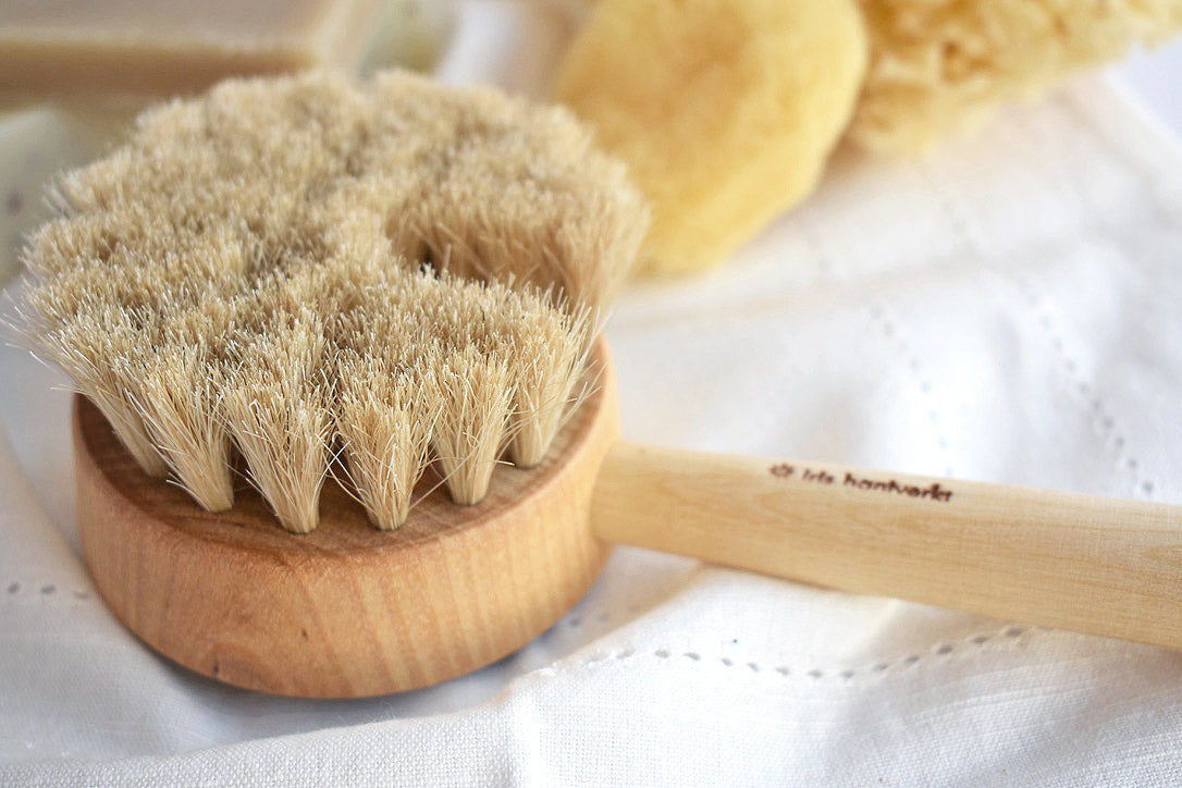 Swedish Puck Bath Brush