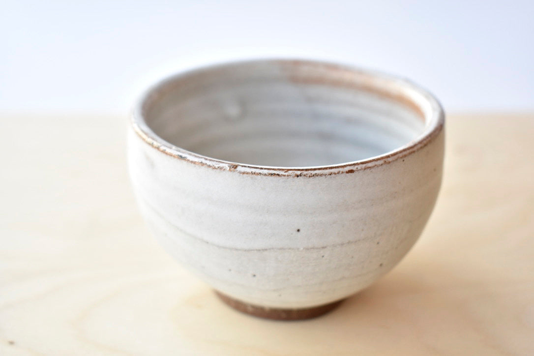 Dipping Bowl in Iron White