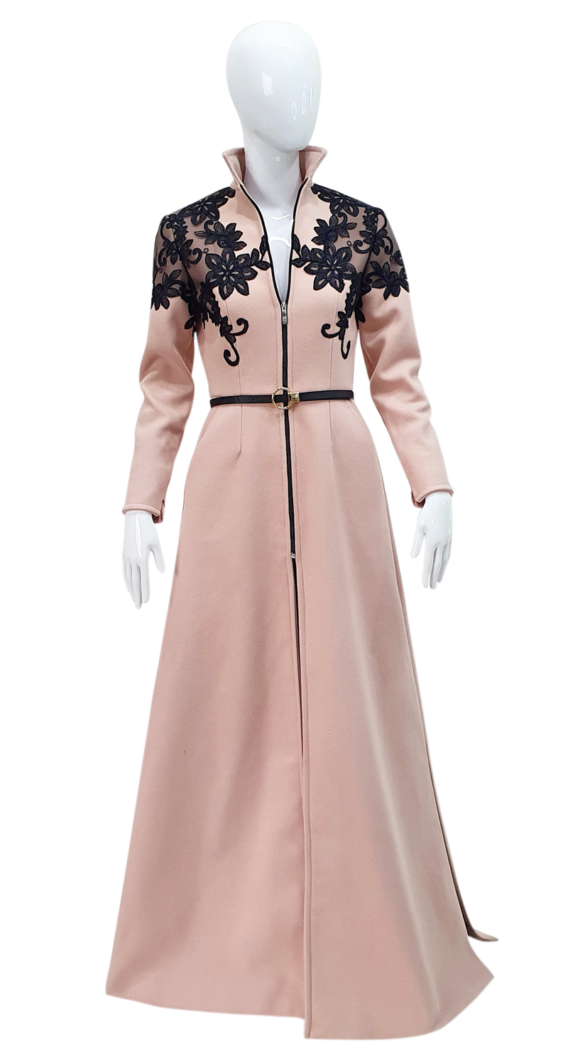 Glam and classic style coat long dress.