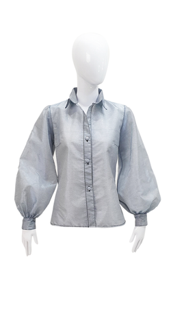 Sport neck blouse with oversize tie