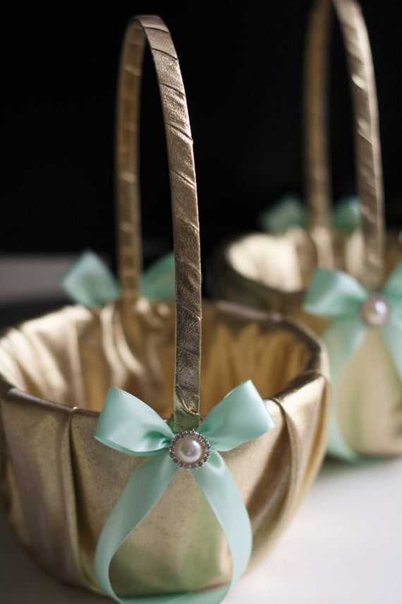 Mint Wedding Basket \ Mint Flower Girl Basket \ Mint Gold Wedding Basket \ Gold Flower Girl Set \ Gatsby Style \ Mint Petals basket