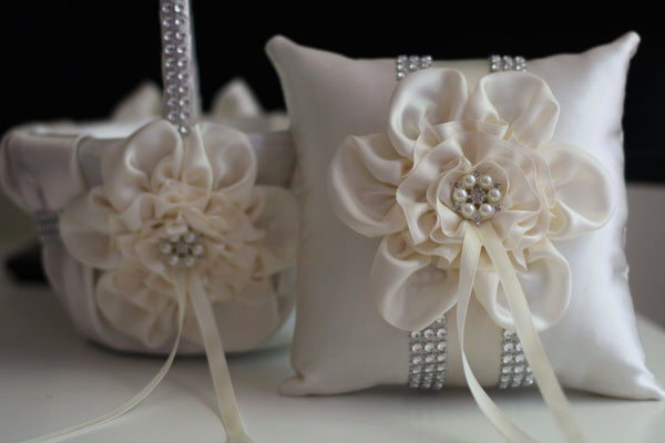 Ivory Flower Girl Basket \ Ivory Ring Bearer Pillow \ Ivory Ring Pillow \ Ivory Petals Basket \ Ivory Wedding Basket \ Ivory Wedding pillow