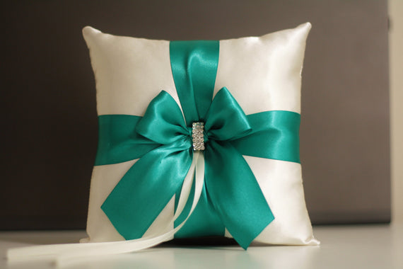 Green Ring Bearer Pillows / Green Flower girl Baskets / Emerald Wedding Pillow Green Bearer pillows Green wedding pillow Green Ring holders