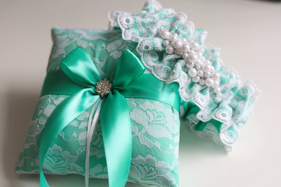 Mint Ring Bearer Pillows \ Mint Wedding Pillows \ Lace Ring Bearer \ Ring Cushion Pillow \ Bridal shower gift \ Lace wedding pillow