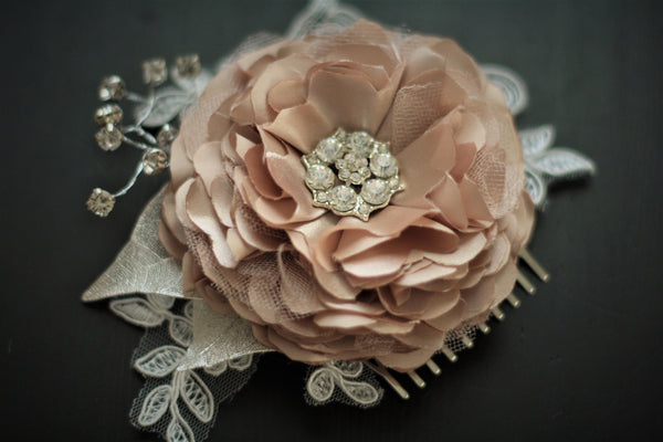 Wedding Hair flower \ Jewel Bridal Comb \ Champagne hair comb \ Bridal Hair Accessories \ Lace Hairpiece \ Bridal Headpieces \ satin flower