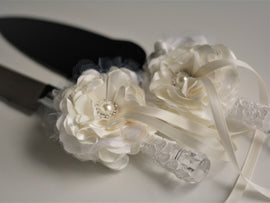 Ivory Cake Server Set / Wedding Serving Set / Cake Cutting Set / Ivory cake knife and Server \ Ivory Wedding knife set