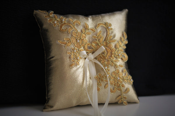 Gold Ring Bearer Pillow \ Gold Wedding Pillow, Lace Ring Holder, Gold Lace Bearer, Gatsby Wedding Basket, Gold Flower Girl Basket Pillow Set