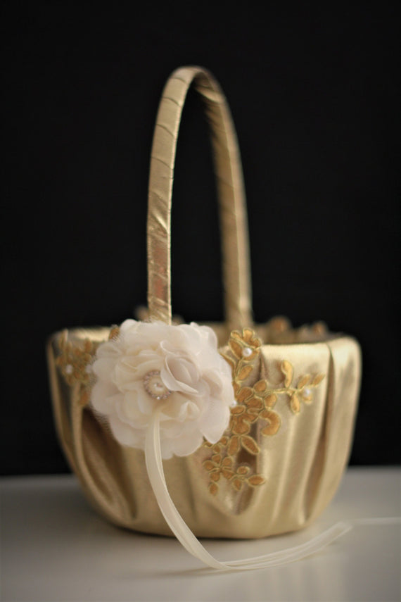 Gold Wedding Baskets \ Lace Wedding Basket \ Gold Flower Girl Basket Pillow Set \ Gold lace basket \ Gold petals basket \ Handmade basket