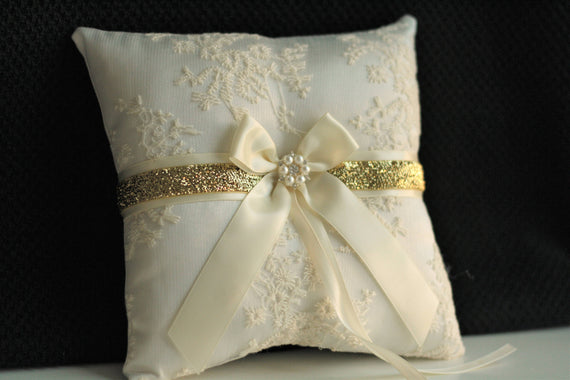 Gold Ring Bearer Pillow Ivory unity candles Ivory Gild Bearer Ivory Wedding Pillow Ivory Gold Candles Ivory Wedding Candle Ivory Ring Holder