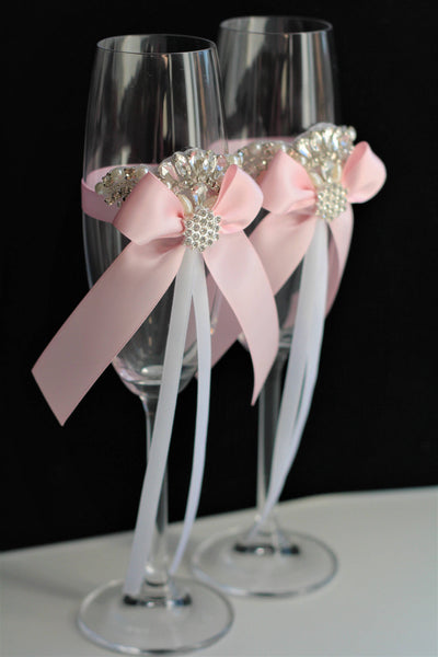 Champagne flutes, Champagne glasses, Toasting glasses, Pink Wedding Glasses Set, toasting flutes, Pink Wedding flutes, Blush pink glasses