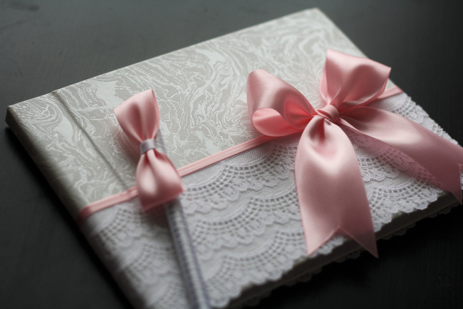 Pink Baby Shower Sign In Book With Pen \ Pink Wedding Guest Book, Pink  Memory