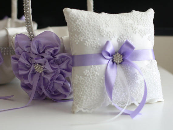 Lilac Ring Bearer Pillow \ Violet Flower Girl Basket \ Light Purple Bearer Pillow \ Lilac Wedding Basket \ Violet Wedding Pillow Basket Set