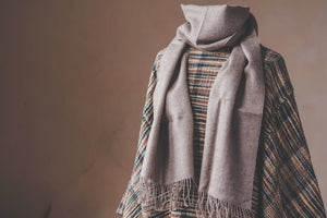 Baby alpaca scarf - light brown - Tukuru Textiles