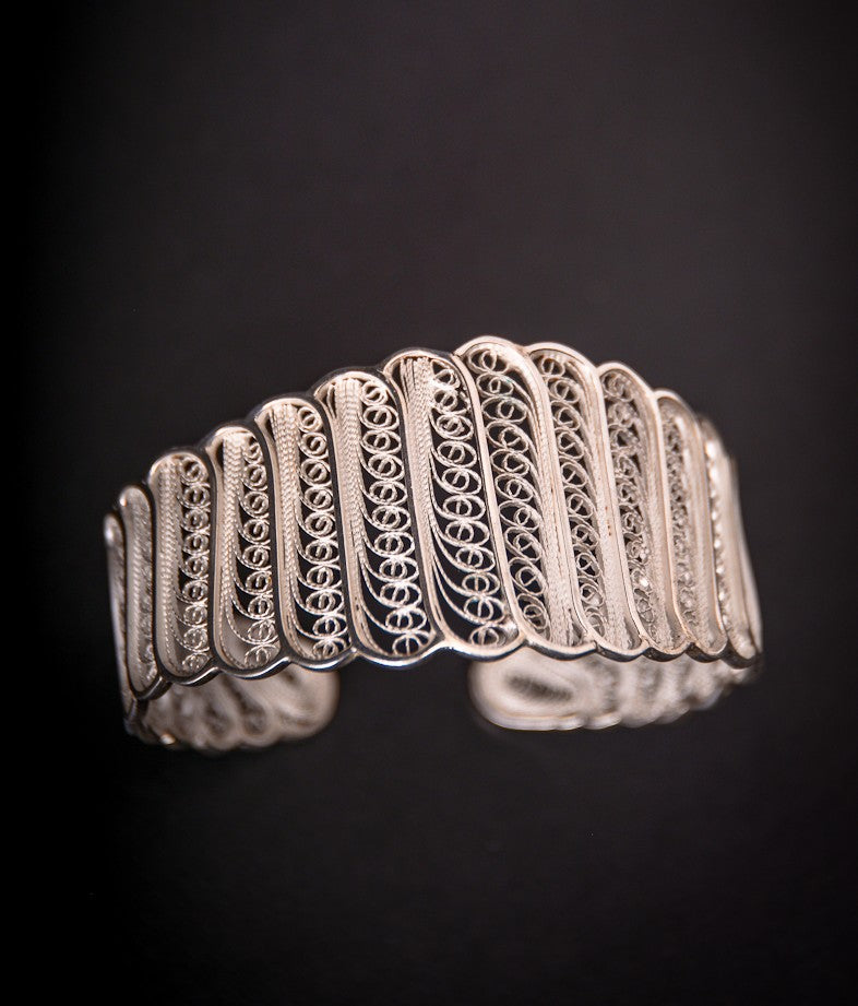 Large filigree work bracelet - Tukuru Textiles