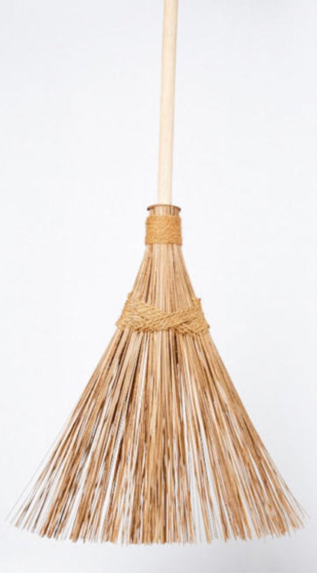 Brooms/Household Brushes