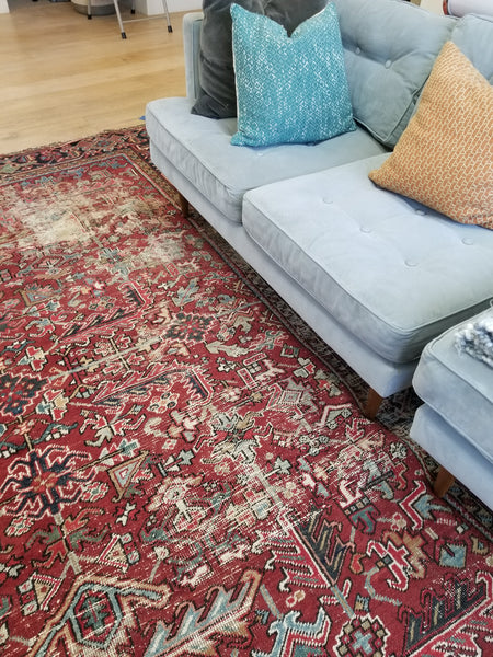 7'10 x 10'6 Antique Heriz Rug