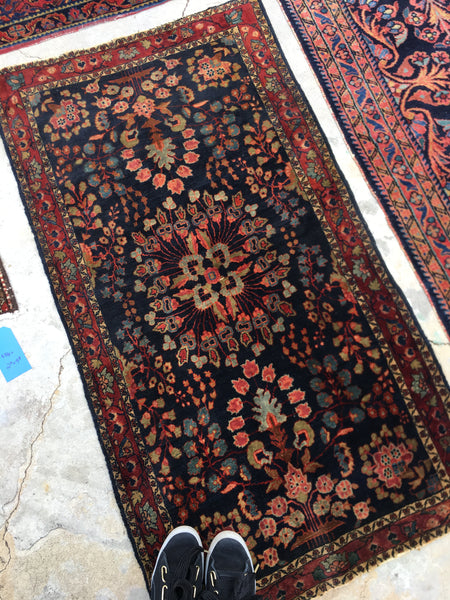 2'6 x 4'8 antique Persian Mohajeran Sarouk