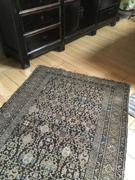 3'8 x 4'10 antique Caucasian rug / 4x5 rug (#666)