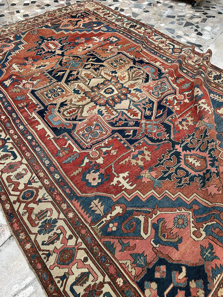 7'10 x 12' Antique Serapi (#1683) / 8x12 Vintage Rug
