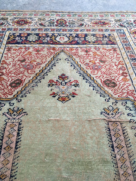 "3'6"" x 4'8"" Collectible Silk 19th Century Turkish Prayer rug"