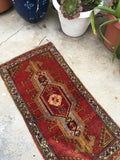 "1'7"" x 3'3"" Vintage Scatter Rug / Small Turkish Rug / Vintage Turkish Rug"