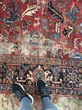 7'8 x 9' antique Persian Heriz Rug (1436ML) / 8x9 vintage rug