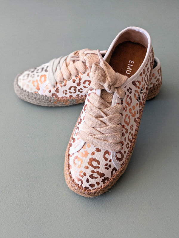 Agonis White Leopard Shoes