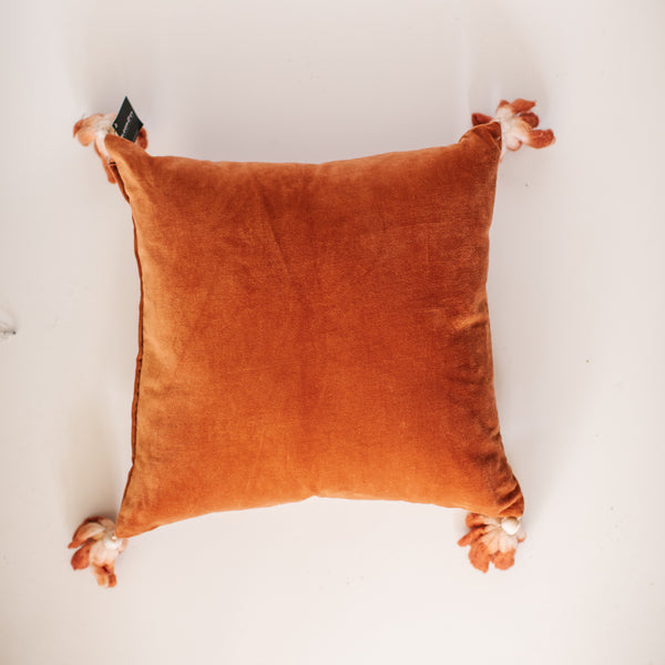 Laelia pillow