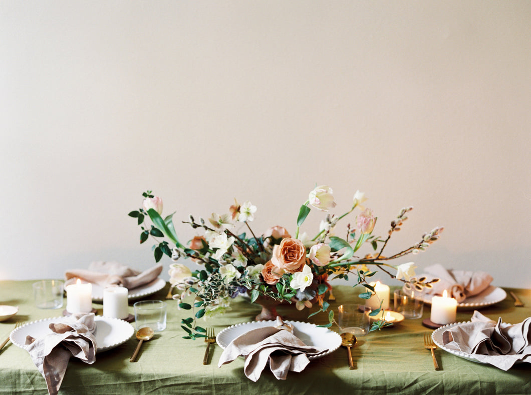 Romantic Centrepiece for Tablescape