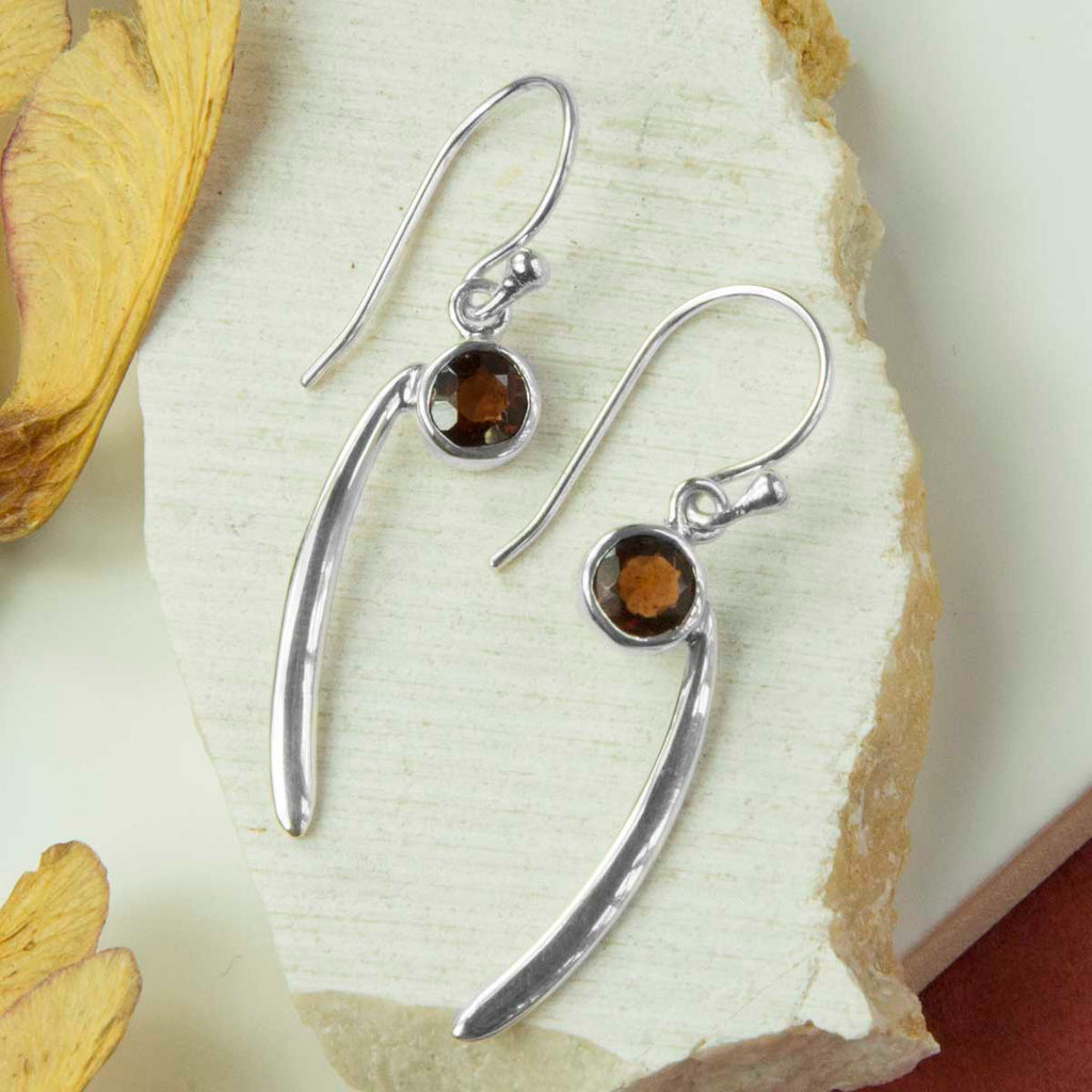 Garnet Comma Earrings