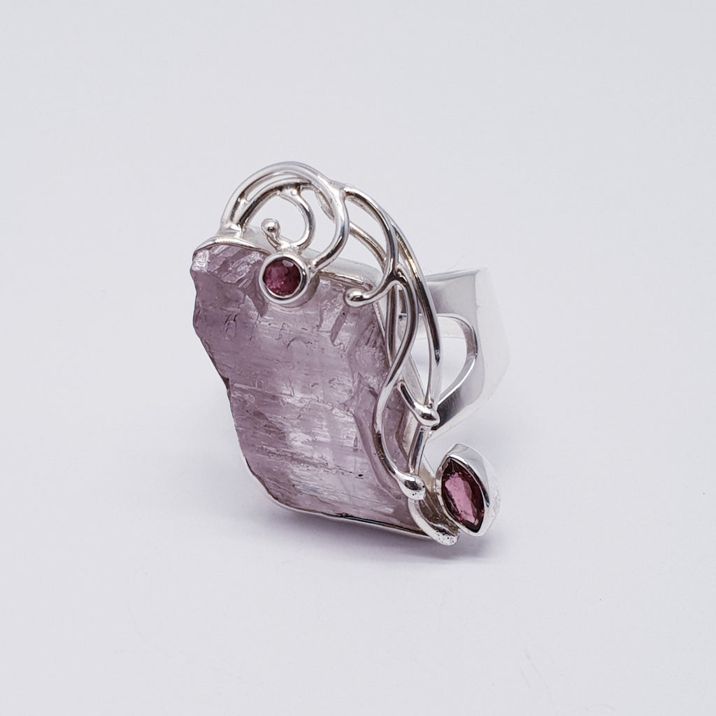 One-off Raw Kunzite and Tourmaline Vine Ring - Size N1/2