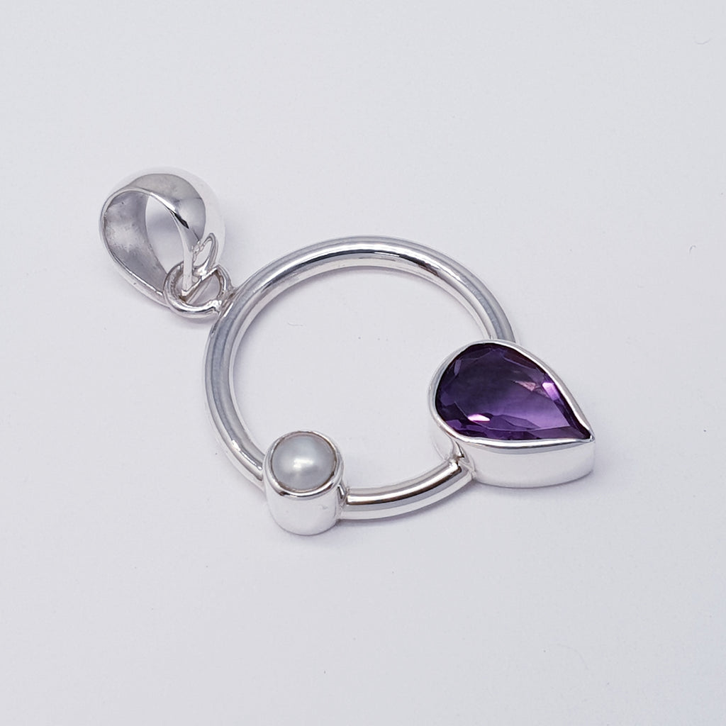 Amethyst and Pearl Circle Pendant