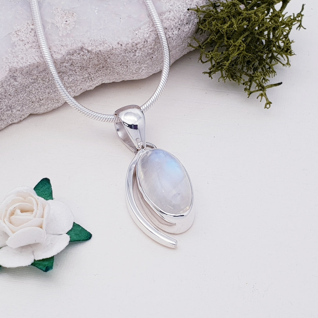 Moonstone Antheia Pendant