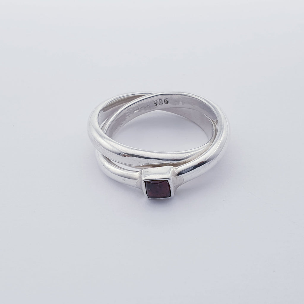 Garnet Interlocking Ring