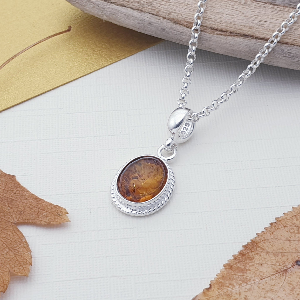 Toffee Amber Small Oval Pendant