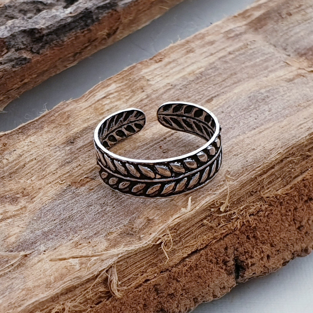 Silver Fern Toe Ring