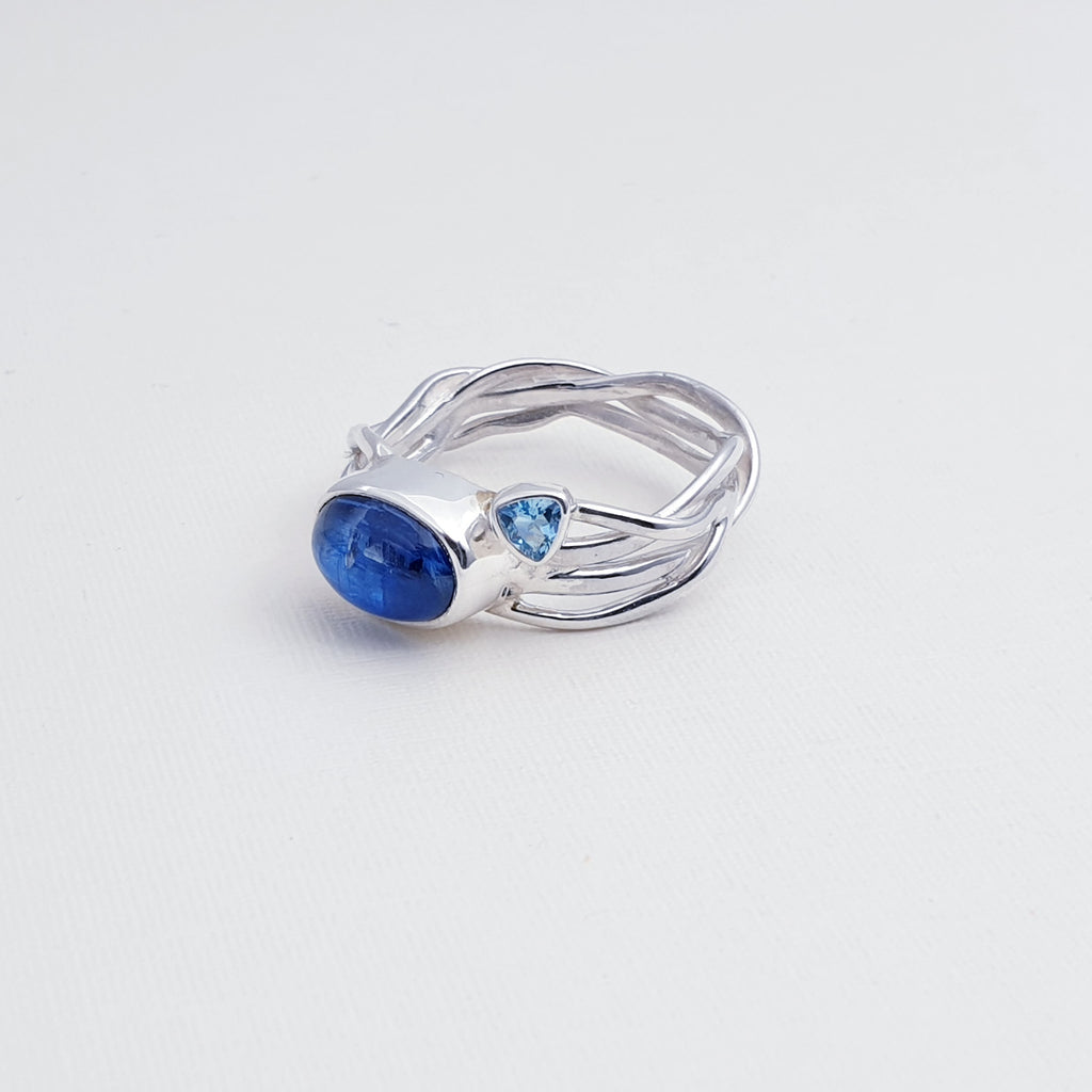 One-off Kyanite and Blue Topaz Intertwined Vines Ring - Size P1/2