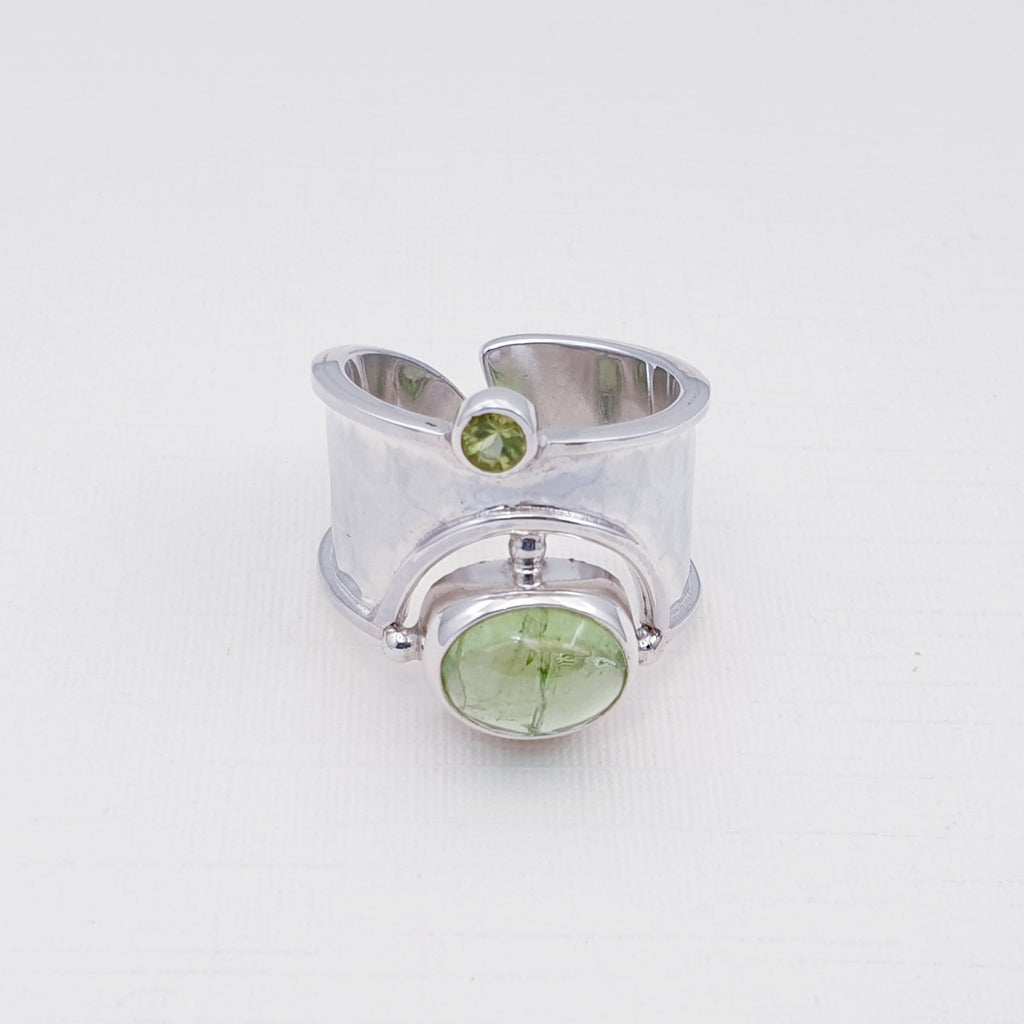 Peridot Wide Band Ring Size - M