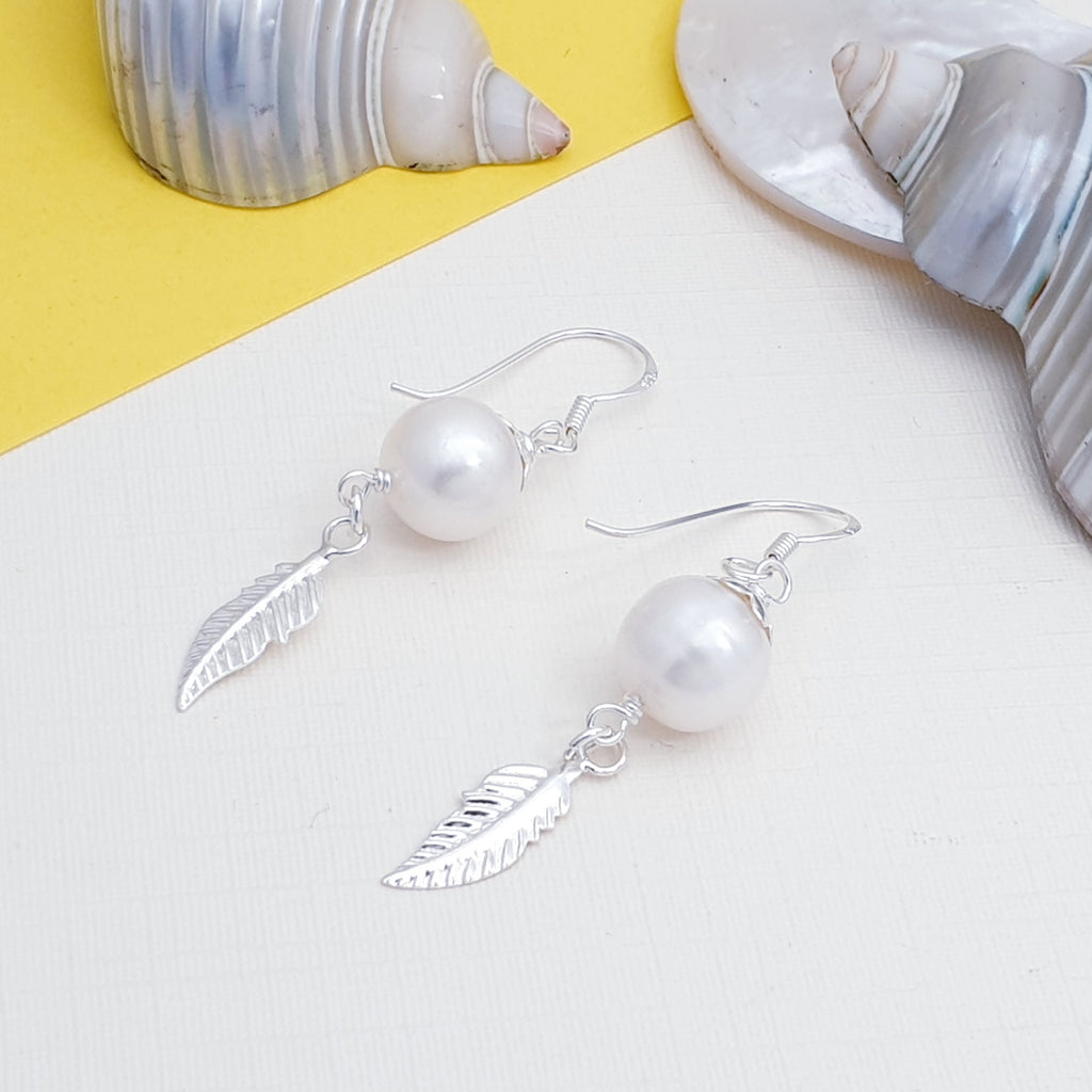 Pearl Little Feather Earrings