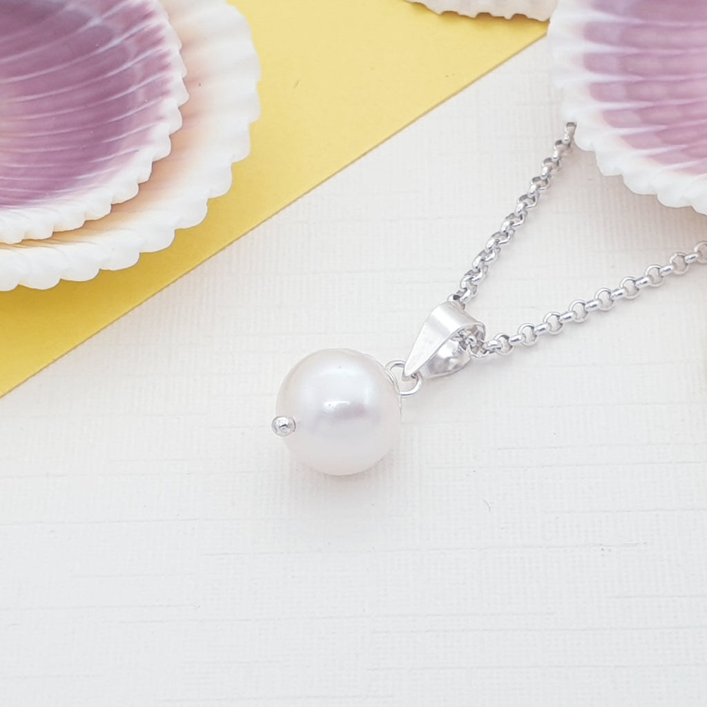 Pearl Simple Pendant