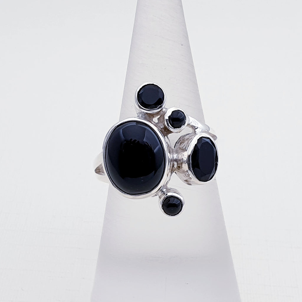 Onyx Huella Ring