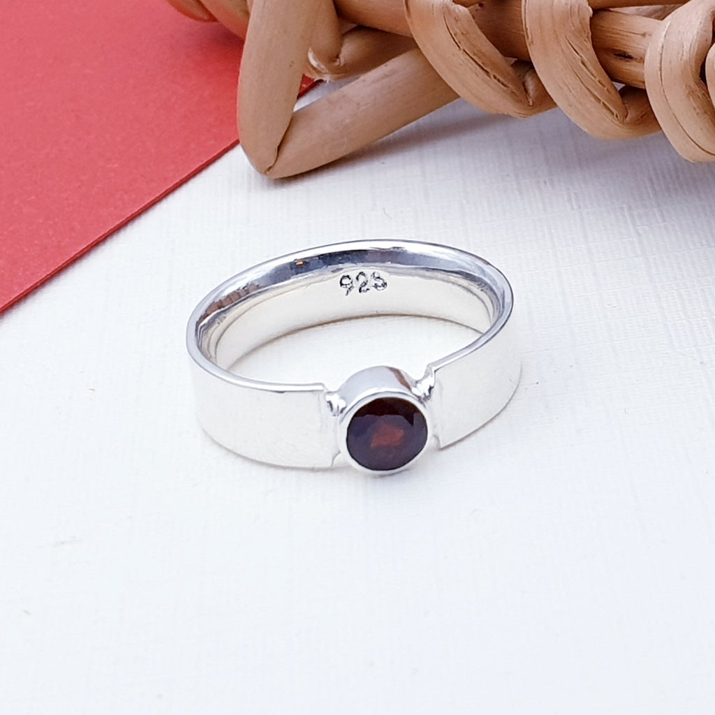Garnet Simple Flat Band Ring