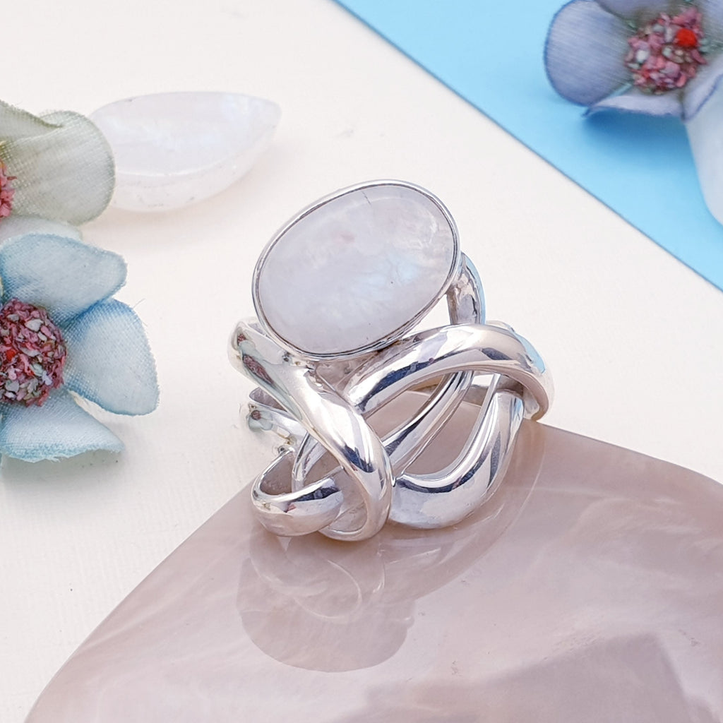 One-off Moonstone Knot Ring - Size Q 1/2