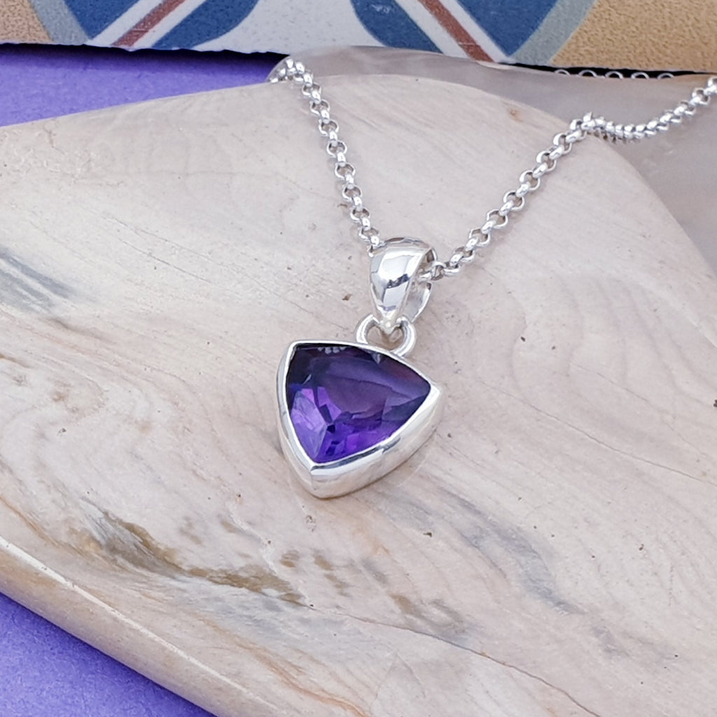 Amethyst Small Simple Trillion Pendant